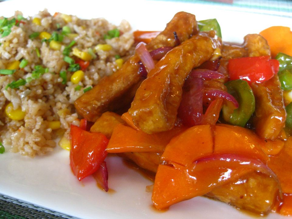 Sweet and Sour Vegetables and Tofu with Fried (red) Rice